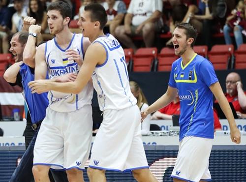 Украинского баскетболиста определили одним из наилучших начемпионате Европы