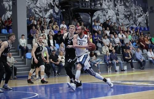«Днепр» сравнял счет в«бронзовой» серии чемпионата Украинского государства побаскетболу