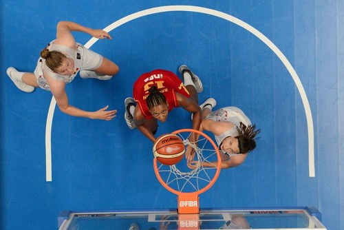Женская сборная РФ побаскетболу стартует начемпионате Европы вЧехии