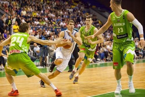 Сборная Украины побаскетболу ощутимо поднялась вмировом рейтинге