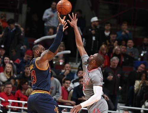 Баскетболисты «Лейкерс» потерпели разгромное поражение от«Торонто» вматче НБА